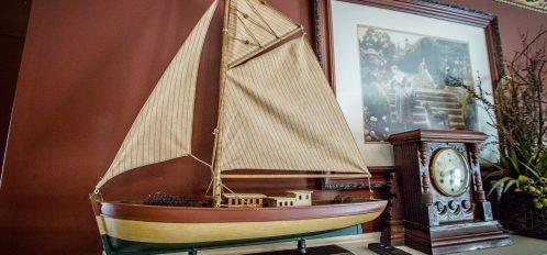 Mulberry Tulip - Decor Boat