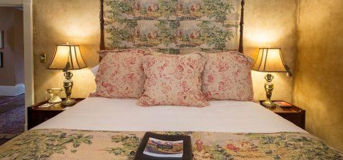 Oglethorpe State - Closeup of Bed