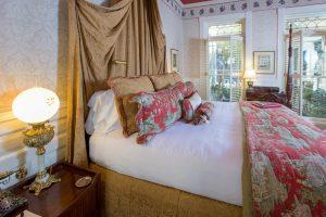 The Victoria Suite at Ballastone Inn.