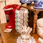 Ballastone Breakfast - closeup on tea and coffee offerings